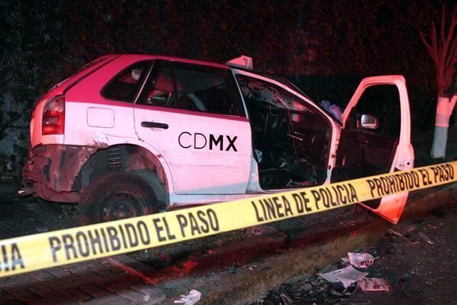 Resultado de imagen para taxi choca en calles de Magdalena Contreras