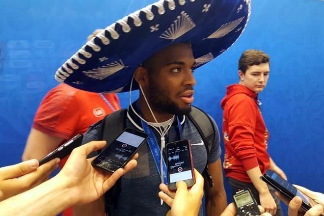 Regalaron mexicanos el sombrero d1400a09995