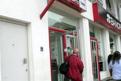 Resultado de imagen para afecto fallas de bancos a usuarios