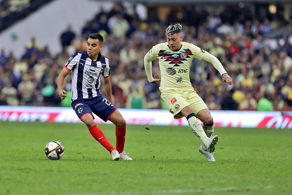 Antonio Mohamed habla sobre el futuro de Carlos Rodríguez y asegura que Monterrey no ha recibido una oferta por él