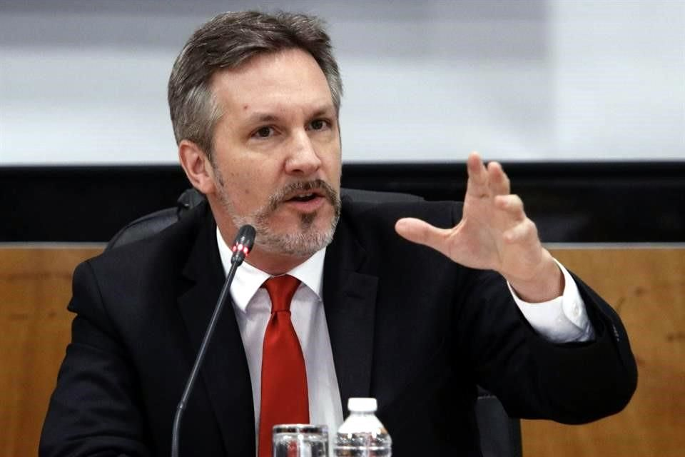 Propone CNDH a Ackerman en Comité para INE