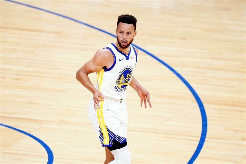 Anota Curry ahora 49 puntos y sigue imparable
