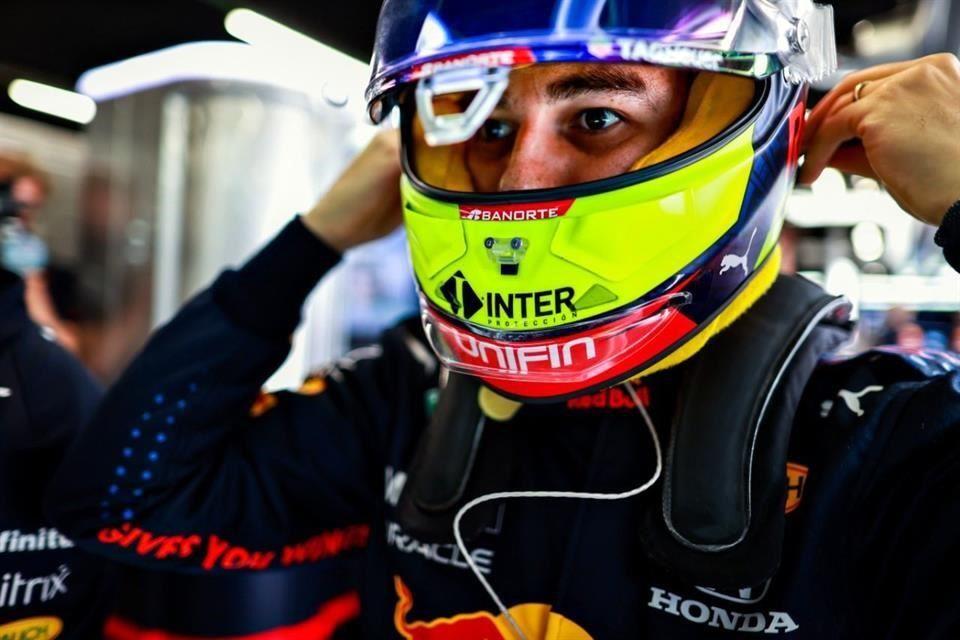 Checo Pérez tiene un mal día en el Gran Premio de España al terminar en la posición 10 en la segunda práctica libre
