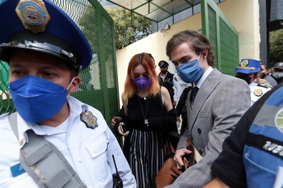 Vinculan a proceso a YosStop; se mantiene en prisión