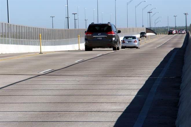 Registran puentes bajo aforo vehicular