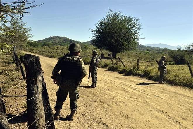 """""""La Caída del Cougar Gris"""" Derriban helicóptero de la FAM; 09 militares muertos y 07 heridos 2936795"""