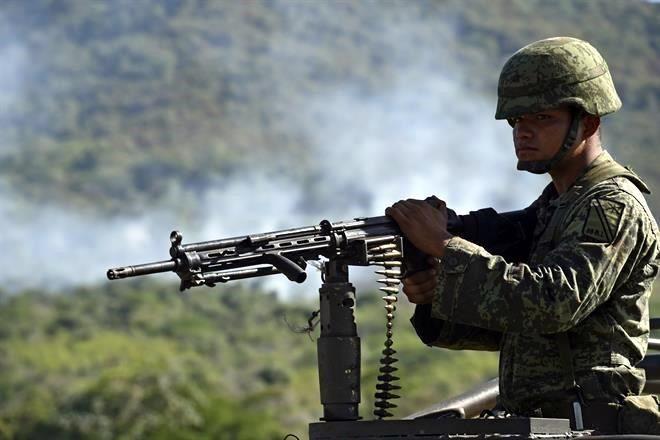 """""""La Caída del Cougar Gris"""" Derriban helicóptero de la FAM; 09 militares muertos y 07 heridos - Página 2 2945551"""