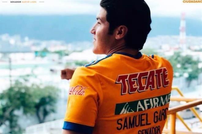El TEPJF reconoció ayer que el candidato de MC al Senado sacó provecho del  uso de marcas en playeras de la Selección Nacional y de Tigres. Foto   Especial 9ea24e68d98ee