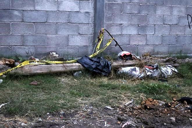 9f9233f58 El cadáver de una mujer en estado de descomposición fue hallado envuelto en  una bolsa de plástico junto a un canal de aguas negras de la Colonia Alce  Blanco ...